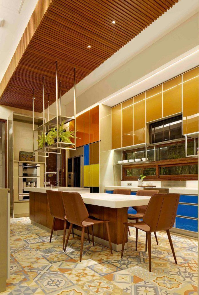 denpassar-traditional-javanese-house-modern-look-designed-atelier-cosmas-gozali-07