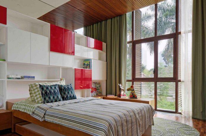 denpassar-traditional-javanese-house-modern-look-designed-atelier-cosmas-gozali-09