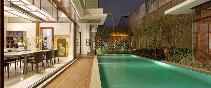 denpassar-traditional-javanese-house-modern-look-designed-atelier-cosmas-gozali-14
