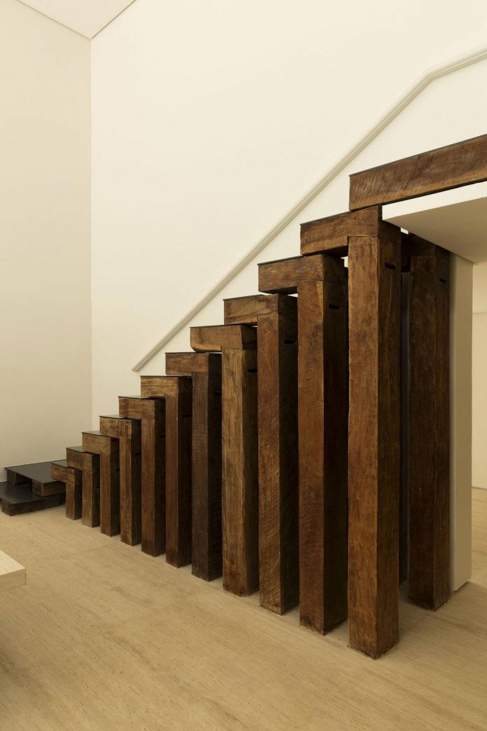 ds-house-gets-renovation-contemporary-villa-sao-paulo-09