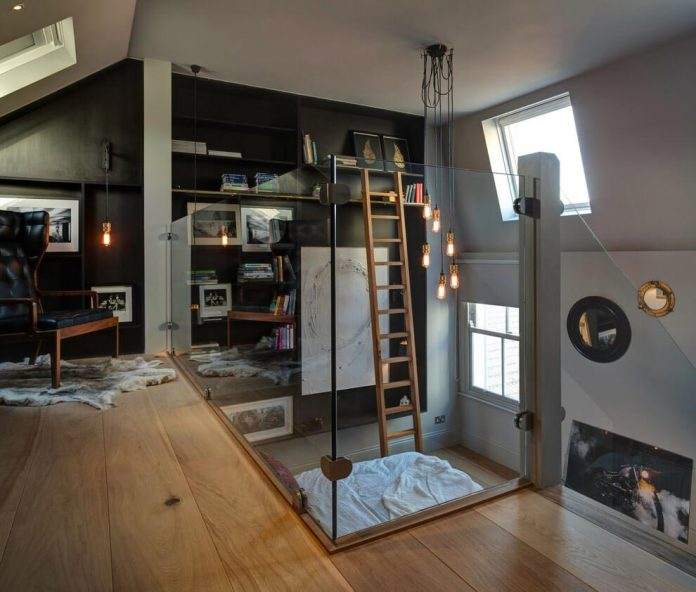 elegant-home-situated-old-edwardian-mews-house-south-west-london-05