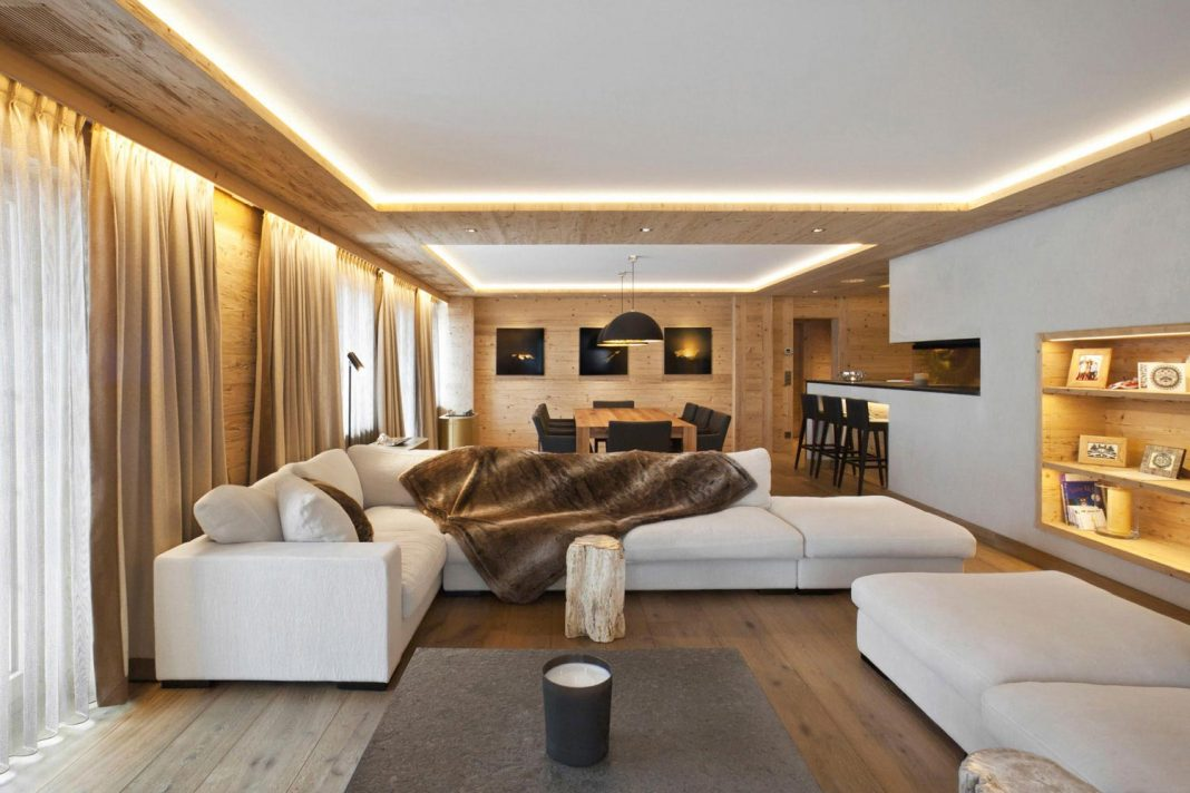Fairytale mountain wooden apartment in Rougemont Switzerland