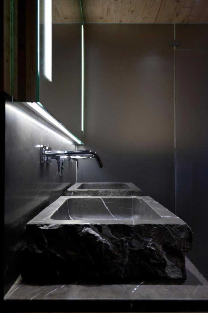 fairytale-mountain-wooden-apartment-rougemont-switzerland-plusdesign-17
