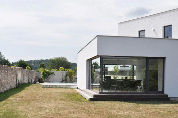 family-house-end-town-atelier-111-08