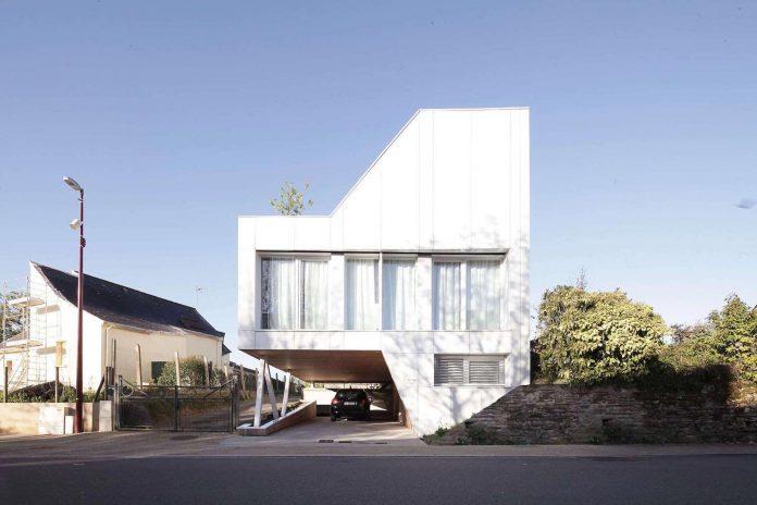 flying-box-prefabricated-villa-2a-design-architecture-02