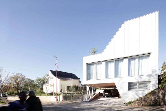 flying-box-prefabricated-villa-2a-design-architecture-06
