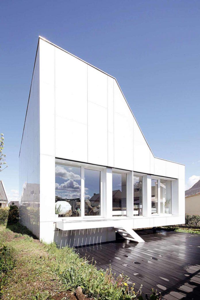 flying-box-prefabricated-villa-2a-design-architecture-10
