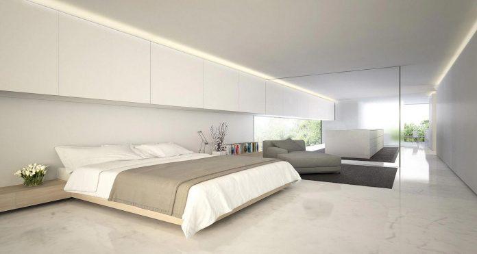 fran-silvestre-arquitectos-design-modern-two-storey-aluminium-residence-located-madrid-18