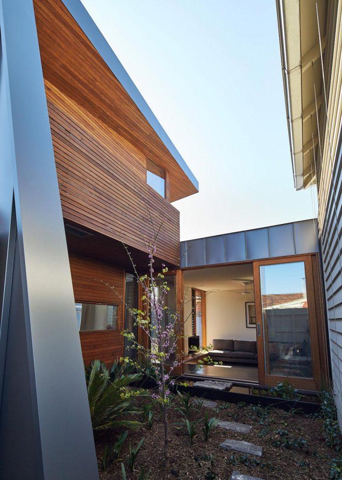 guild-architects-redesigned-yarraville-garden-house-passive-solar-design-adaptation-07