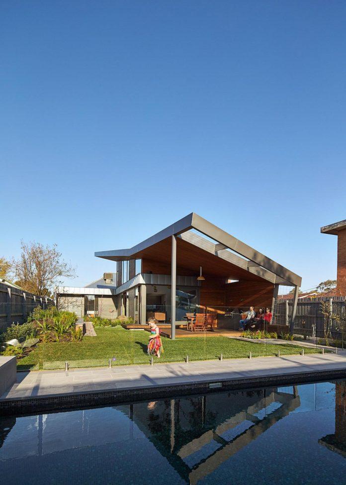 guild-architects-redesigned-yarraville-garden-house-passive-solar-design-adaptation-17