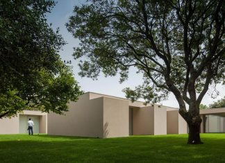 House 2L in a residential neighborhood in Porto by 236 Arquitectos
