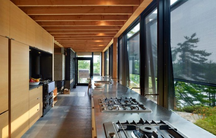 ian-macdonald-design-go-home-bay-cabin-located-ontarios-georgian-bay-archipelago-06