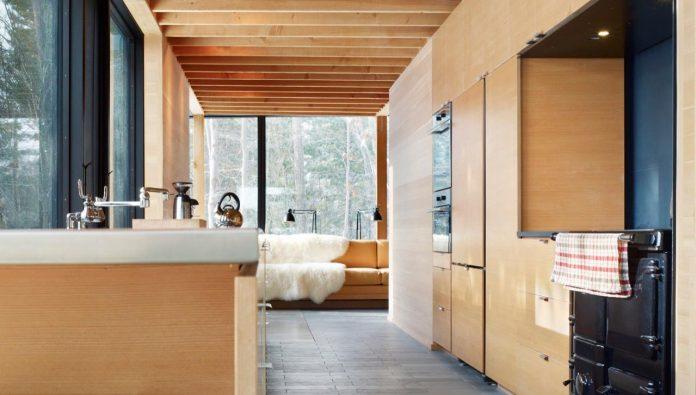 ian-macdonald-design-go-home-bay-cabin-located-ontarios-georgian-bay-archipelago-07