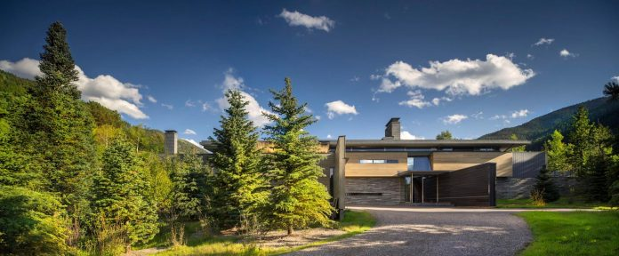 independence-pass-residence-situated-edge-nature-preserve-aspen-bohlin-cywinski-jackson-02