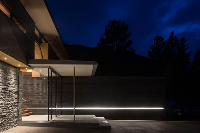 independence-pass-residence-situated-edge-nature-preserve-aspen-bohlin-cywinski-jackson-03