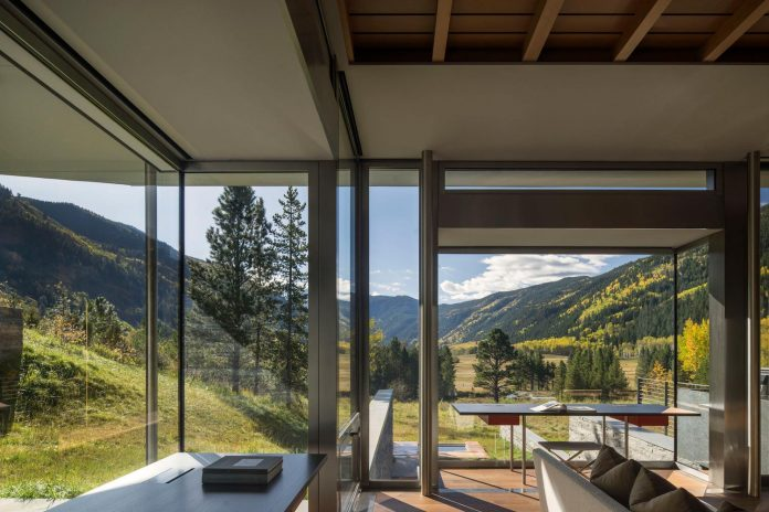 independence-pass-residence-situated-edge-nature-preserve-aspen-bohlin-cywinski-jackson-08