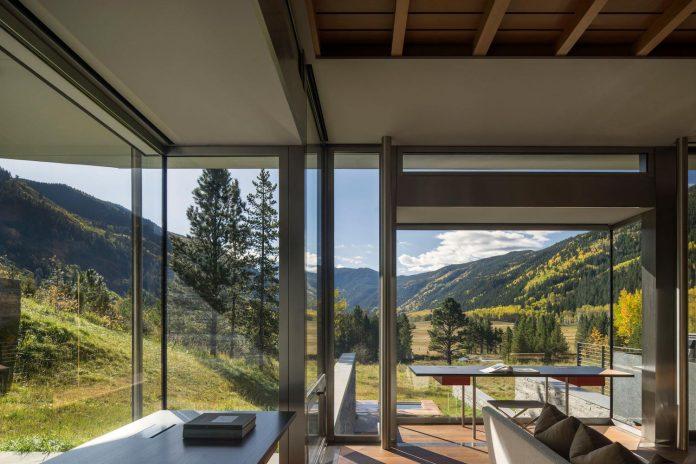 independence-pass-residence-situated-edge-nature-preserve-aspen-bohlin-cywinski-jackson-08