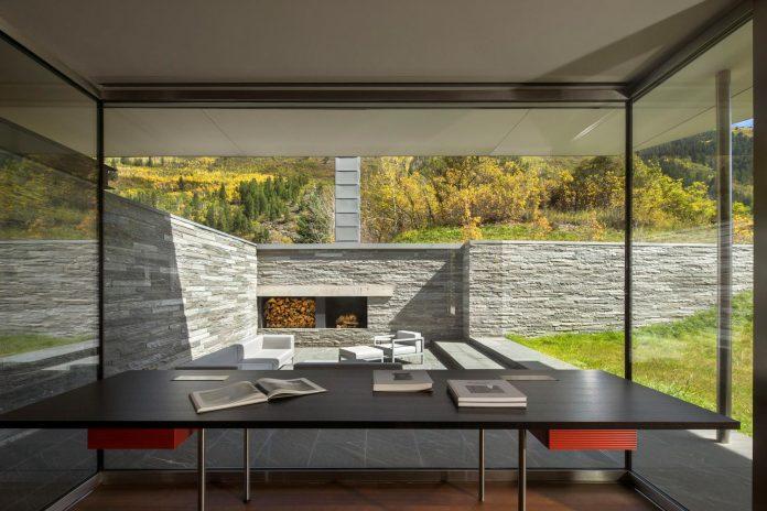 independence-pass-residence-situated-edge-nature-preserve-aspen-bohlin-cywinski-jackson-09