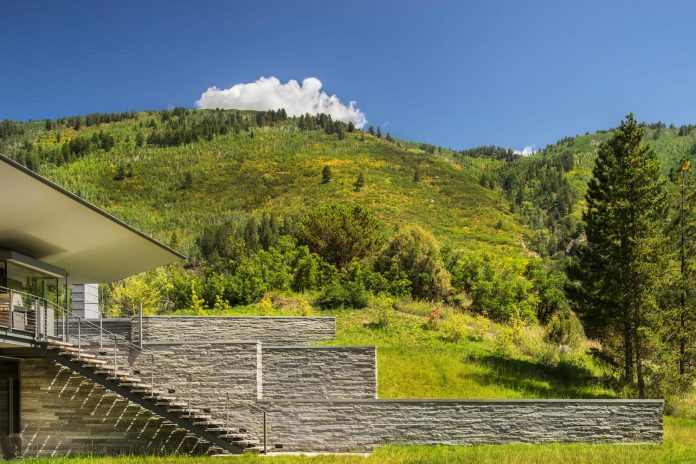 independence-pass-residence-situated-edge-nature-preserve-aspen-bohlin-cywinski-jackson-13