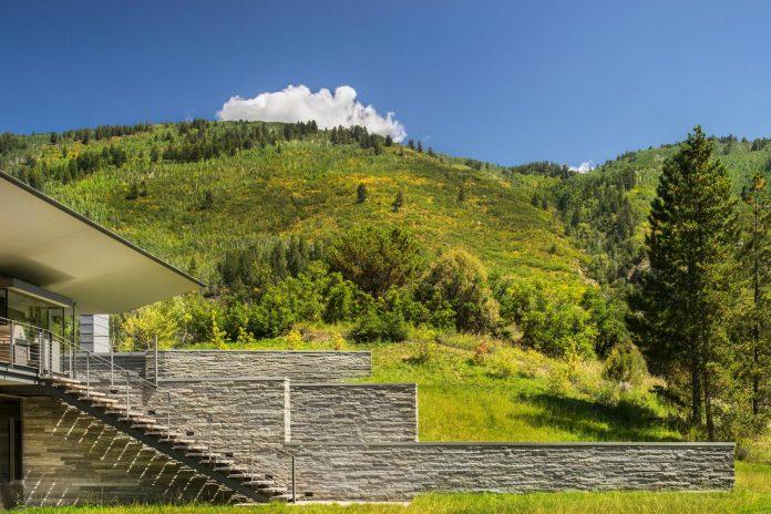 independence-pass-residence-situated-edge-nature-preserve-aspen-bohlin-cywinski-jackson-13