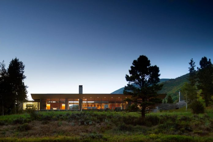 independence-pass-residence-situated-edge-nature-preserve-aspen-bohlin-cywinski-jackson-14