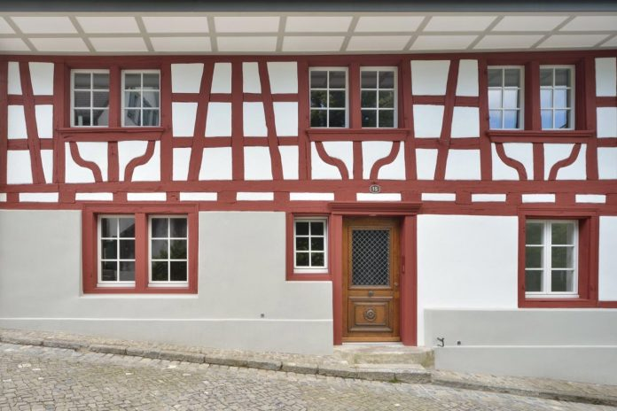 l3p-architekten-design-renovation-two-story-half-timbered-house-23
