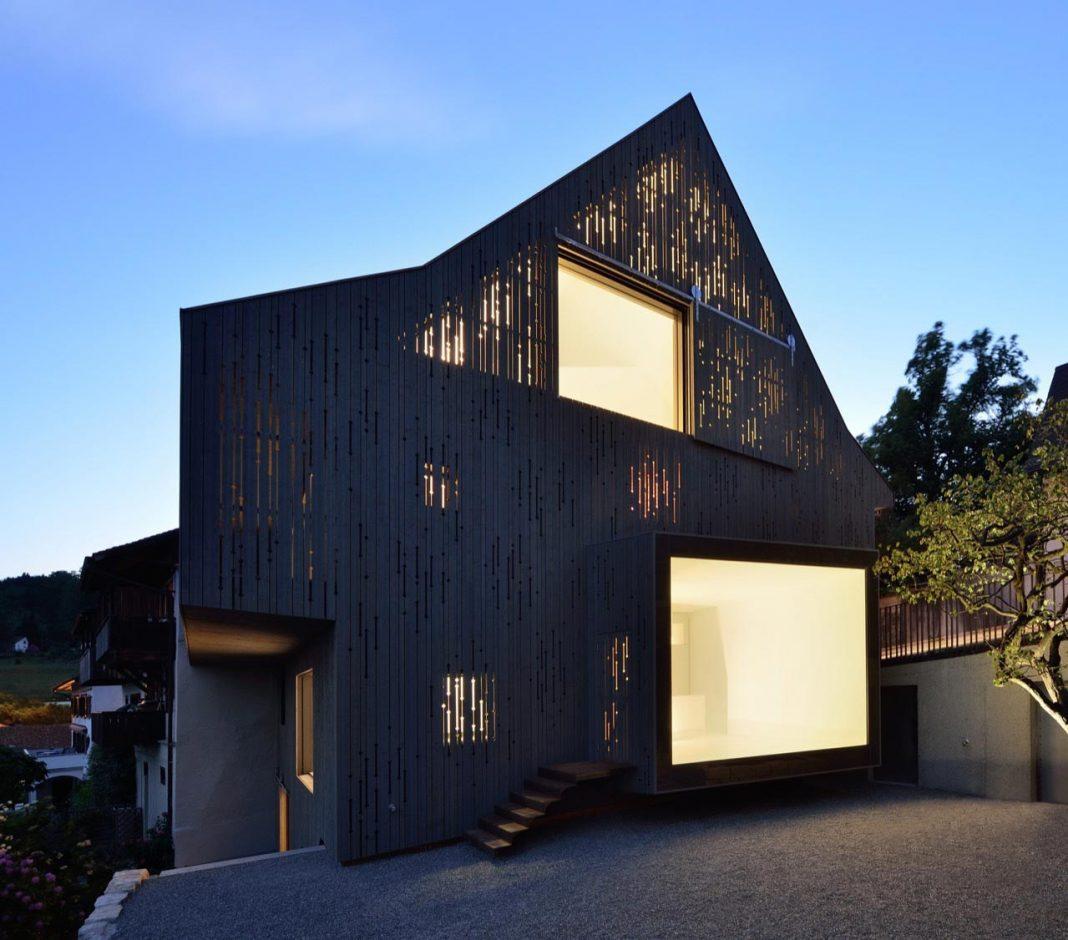 l3p architekten design the renovation of a two story half timbered house caandesign. Black Bedroom Furniture Sets. Home Design Ideas