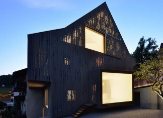 L3P Architekten design the renovation of a two-story half-timbered house