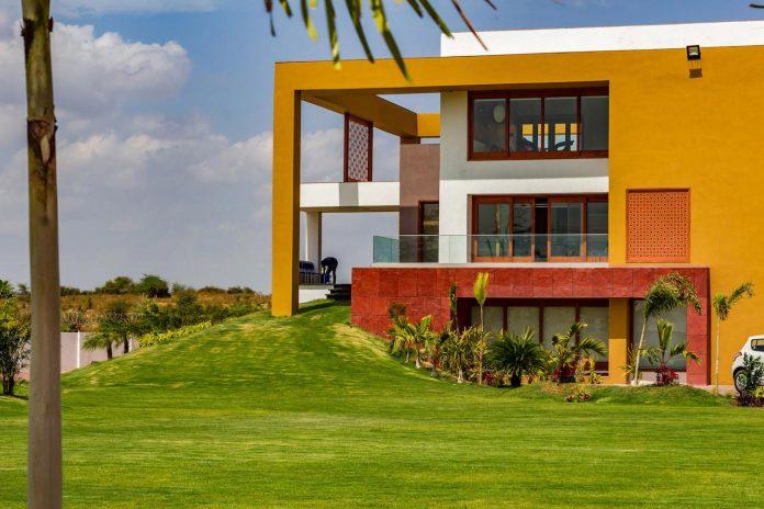 layvir-luxury-villa-ramesh-patel-associates-04