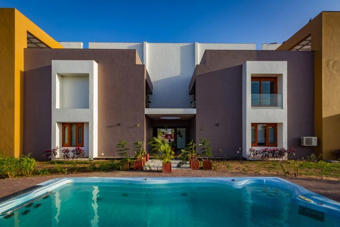 layvir-luxury-villa-ramesh-patel-associates-08