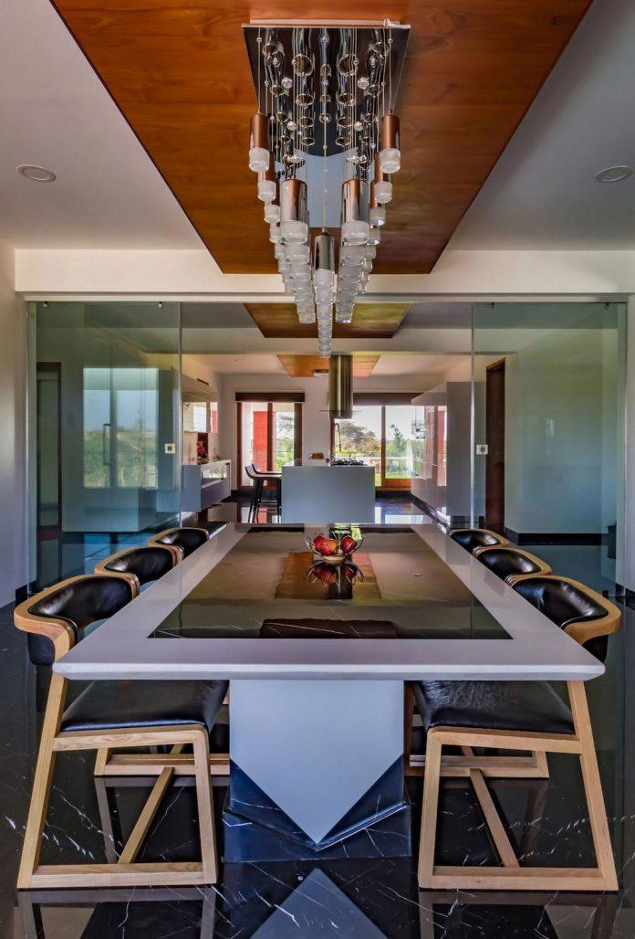 layvir-luxury-villa-ramesh-patel-associates-09