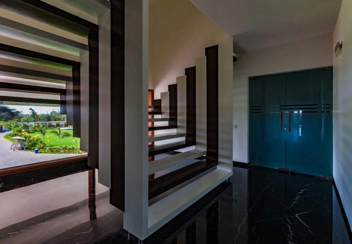 layvir-luxury-villa-ramesh-patel-associates-10