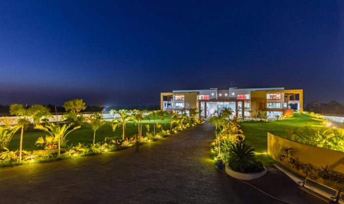 layvir-luxury-villa-ramesh-patel-associates-23