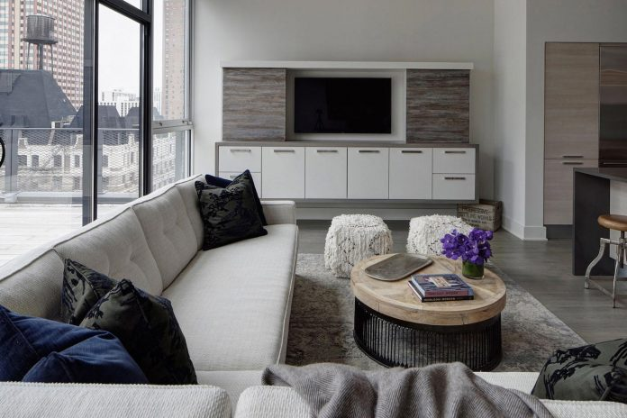 lg-interiors-design-stylish-chic-penthouse-epi-center-downtown-chicago-01