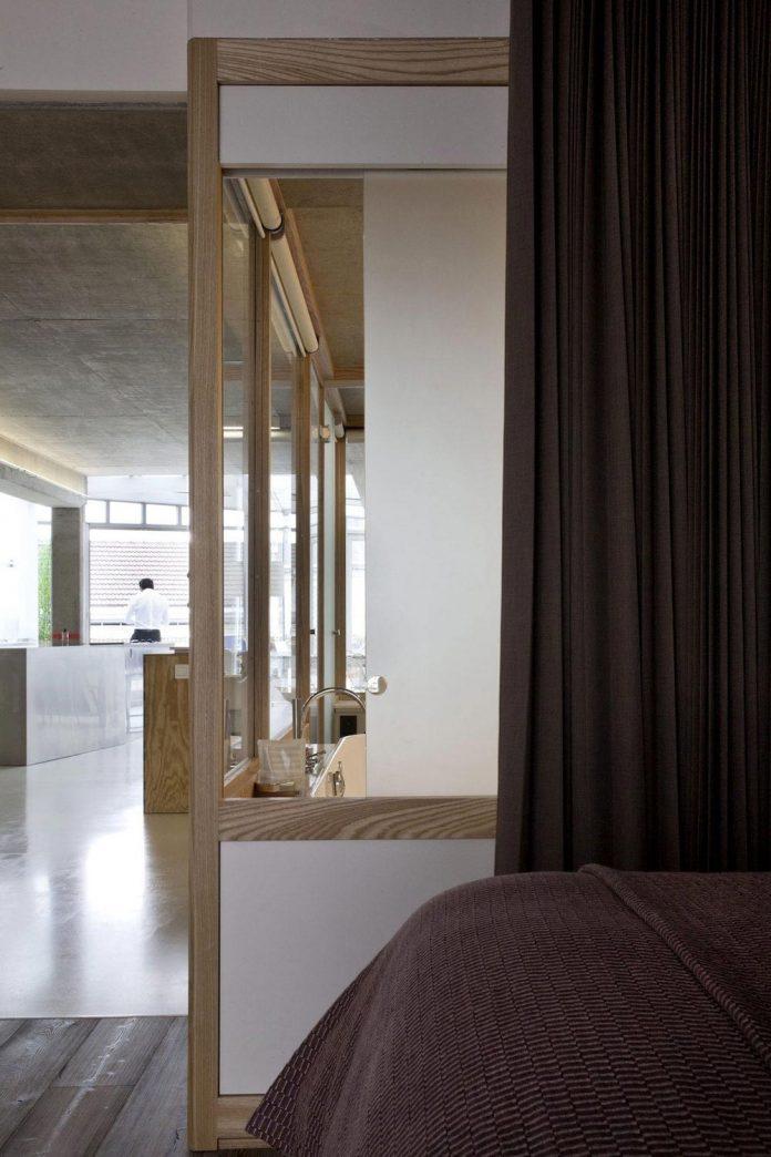 lk-contemporary-pale-colour-loft-paris-designed-olivier-chabaud-architectes-14