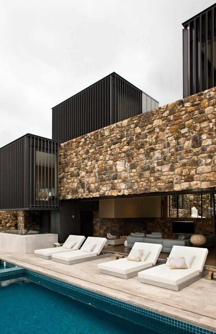 local-rock-summer-residence-waiheke-island-pattersons-07