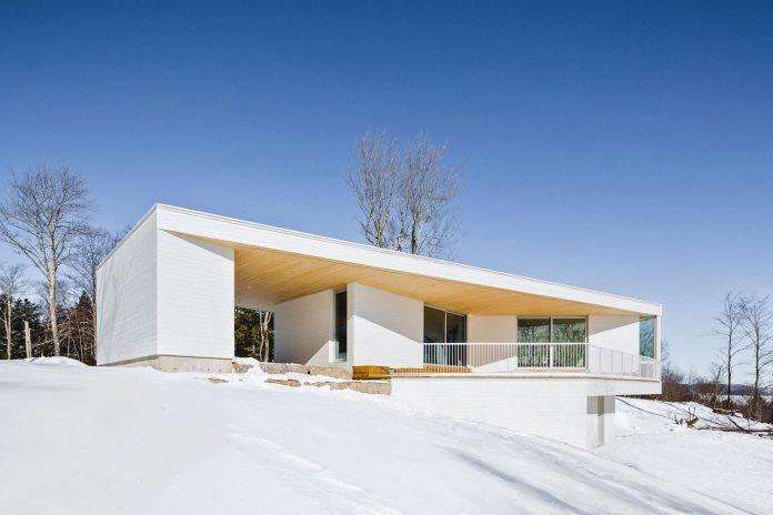 luminous-nook-residence-designed-mu-architecture-quebec-canada-01