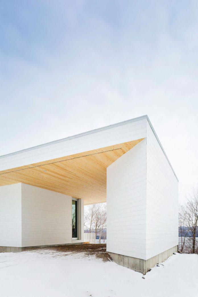 luminous-nook-residence-designed-mu-architecture-quebec-canada-02