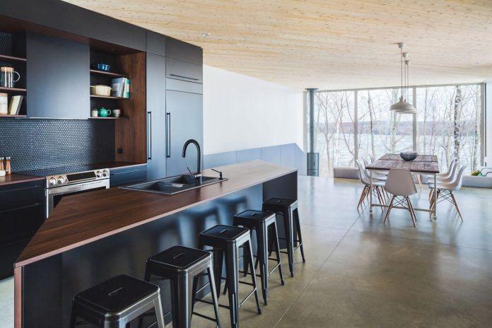 luminous-nook-residence-designed-mu-architecture-quebec-canada-08