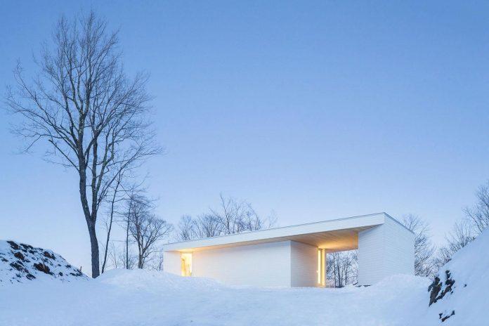 luminous-nook-residence-designed-mu-architecture-quebec-canada-15