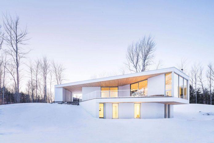 luminous-nook-residence-designed-mu-architecture-quebec-canada-16