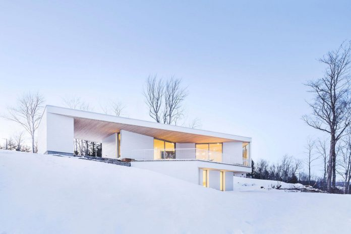 luminous-nook-residence-designed-mu-architecture-quebec-canada-17