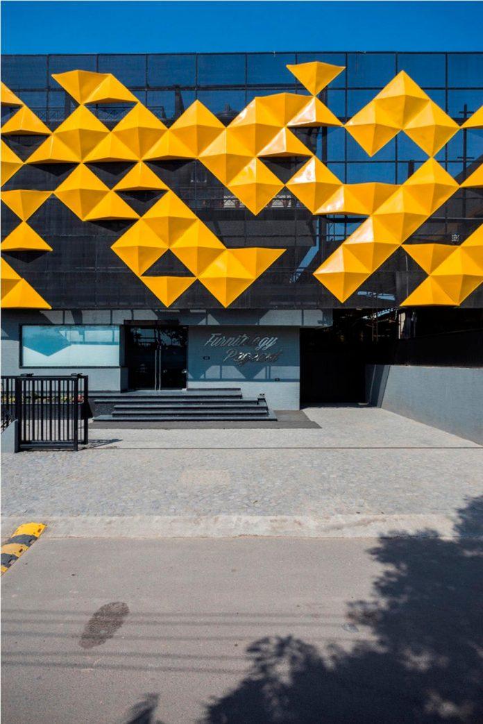 martins-dazzling-yellow-panels-facade-furniture-factory-designed-studio-ardete-06