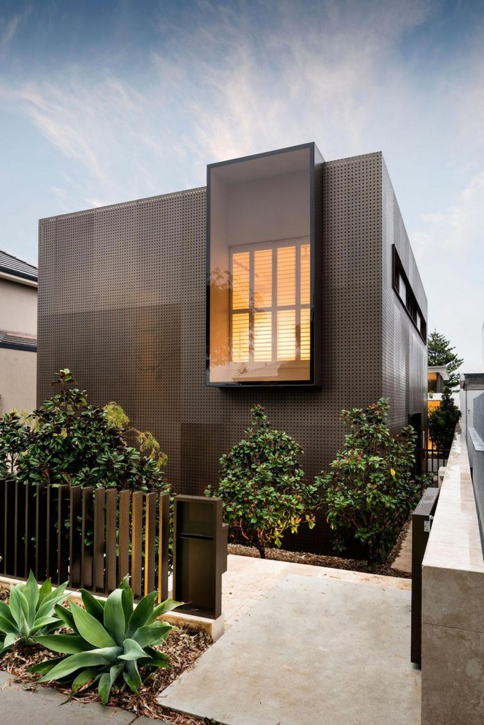 Minimalistic Bronze Metalwork Exterior  Chamberlain Street Residence Weststyle