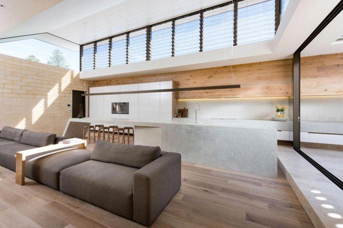 minimalistic-bronze-metalwork-exterior-chamberlain-street-residence-weststyle-design-development-08