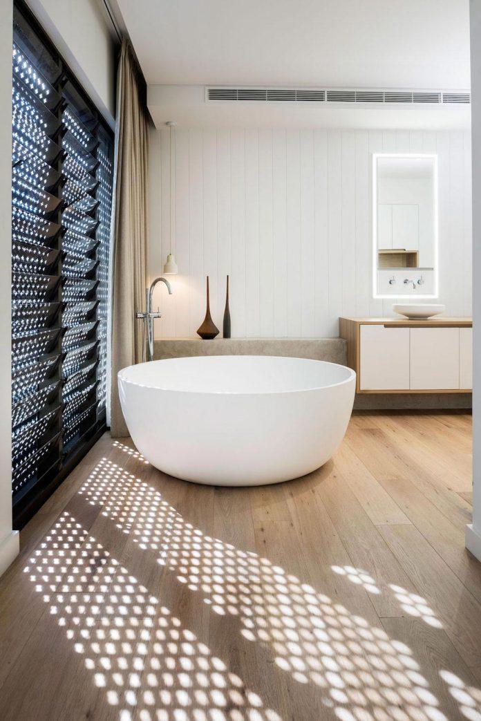 minimalistic-bronze-metalwork-exterior-chamberlain-street-residence-weststyle-design-development-16