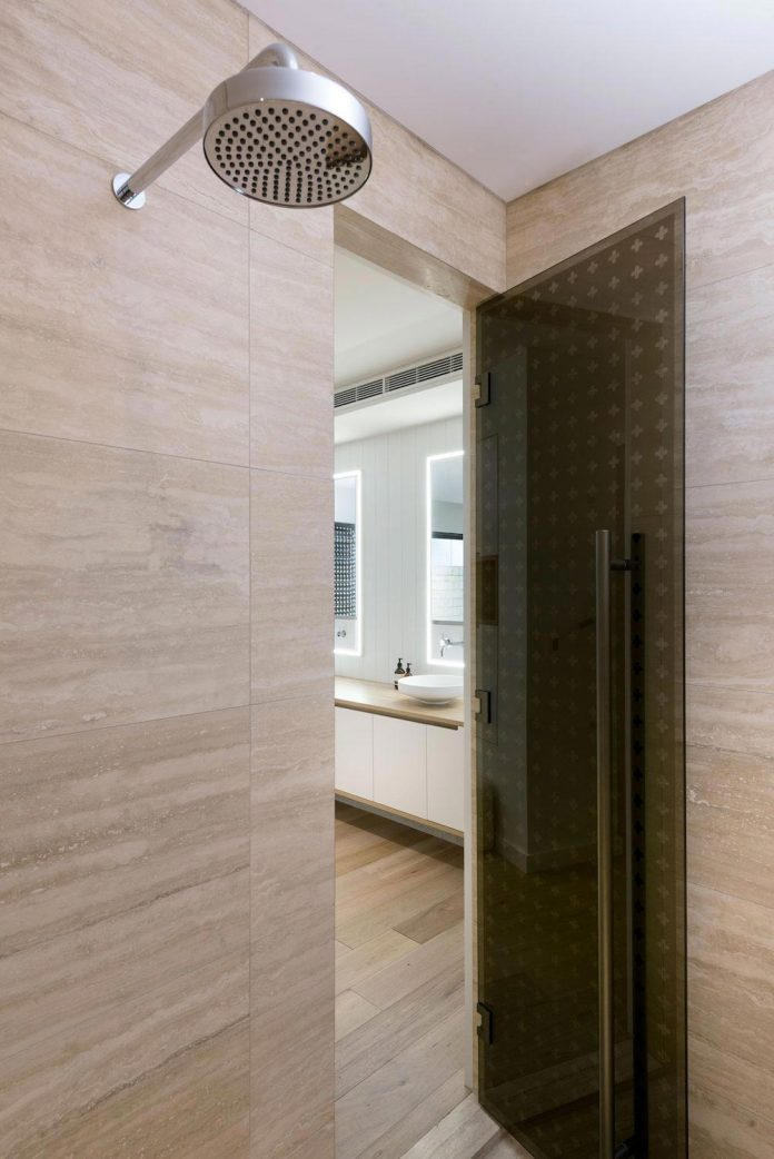 minimalistic-bronze-metalwork-exterior-chamberlain-street-residence-weststyle-design-development-18