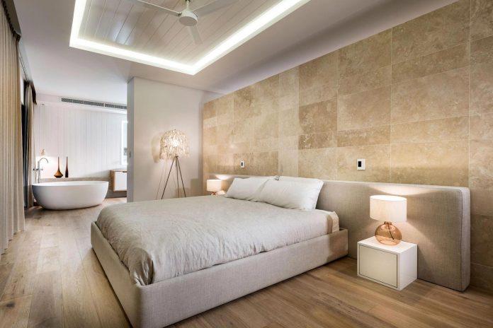 minimalistic-bronze-metalwork-exterior-chamberlain-street-residence-weststyle-design-development-20