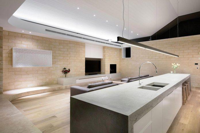 minimalistic-bronze-metalwork-exterior-chamberlain-street-residence-weststyle-design-development-33