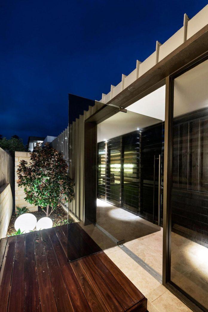 minimalistic-bronze-metalwork-exterior-chamberlain-street-residence-weststyle-design-development-39